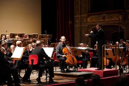"""Una Russia tormentata e introspettiva per il secondo concerto della stagione del """"Bellini"""" di Catania"""
