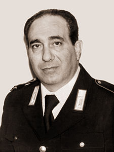 Medaglia d'oro al valore, alla memoria, conferita al Carabiniere Maresciallo Maggiore Aiutante Alfredo Agosta