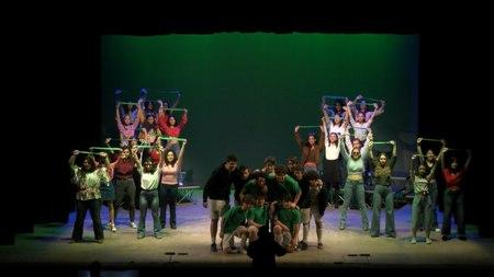 """Lungamente applaudito a Catania il musical """"Foto di squadra"""" realizzato dal laboratorio """"Parole e Musica"""" del Liceo Classico """"Nicola Spedalieri"""""""