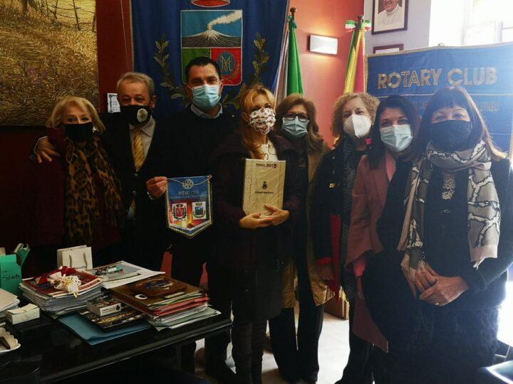 Tre mestieri Etneo, il Rotary Club locale incontra il sindaco Rando