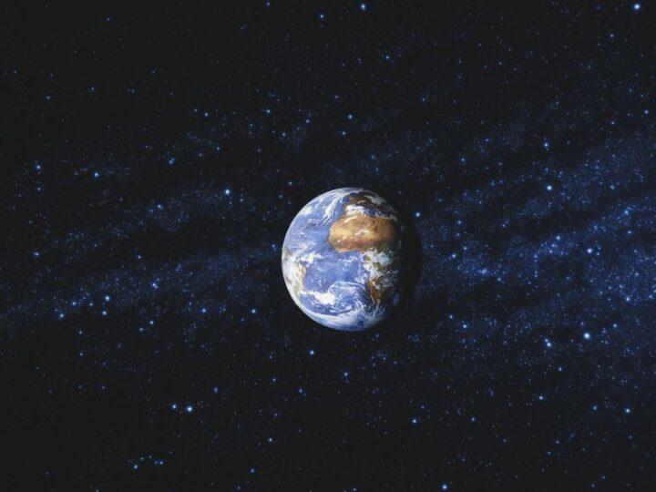 C'è qualcosa di strano vicino al centro della Terra, secondo un nuovo studio