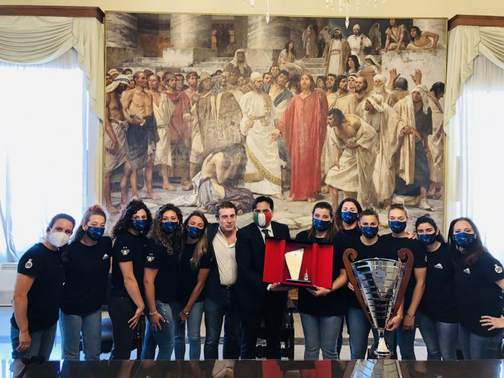 Il 21° scudetto dell'Ekipe Orizzonte, un successo per Catania, celebrato a palazzo degli elefanti